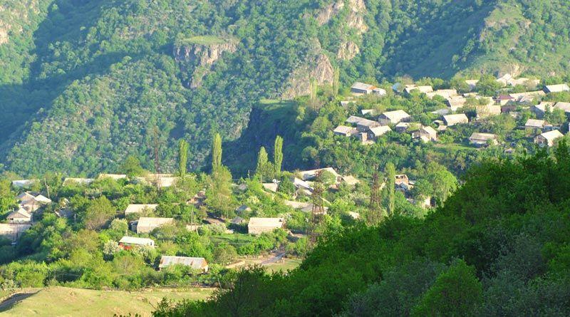 Village Sanahin