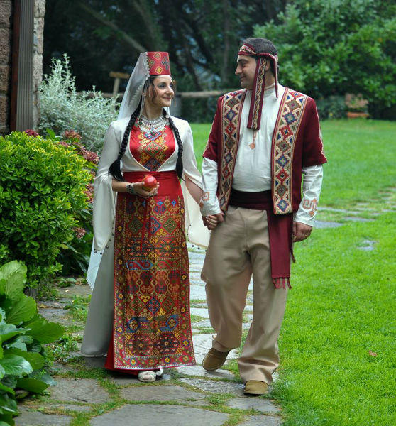 Armenian Weddings Iarmenia History Holidays Sights
