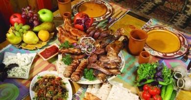 Charles aznavour iarmenia armenian history holidays for Armenian cuisine history